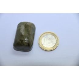 Vésuvianite pierre roulée