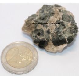 Spinelle pierre brute de Russie