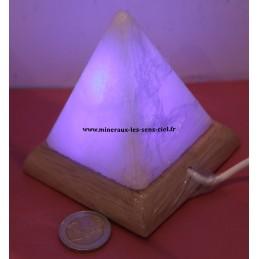 Pyramide lampe de sel