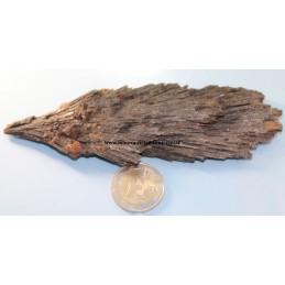 Cyanite pierre noire brute