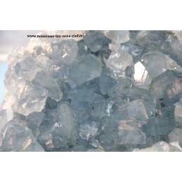 Géode pierre célestine ou Célestite brute du Madagascar