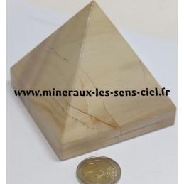 Pyramide en Paésine