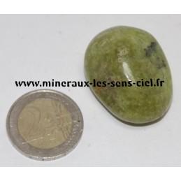 Opale vert pierre roulée